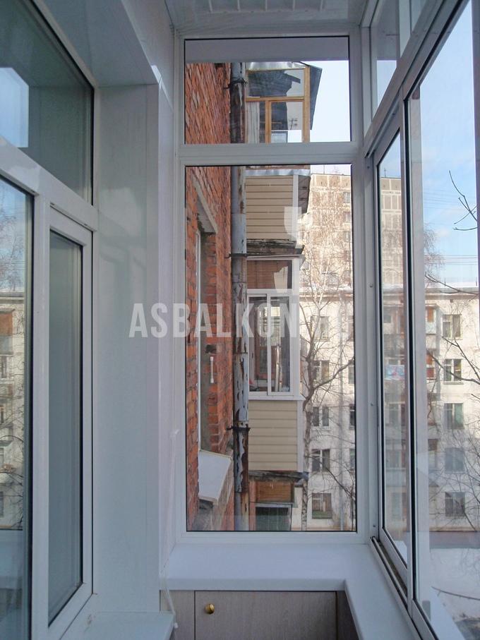 Остекление балкона сталинского дома..