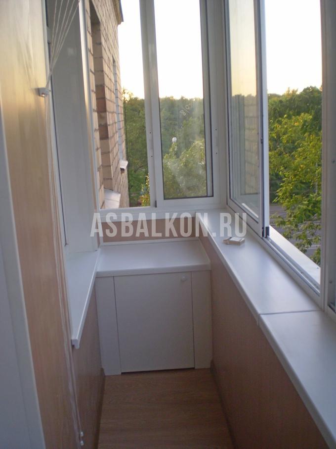 Застеклить балкон в сталинском доме..